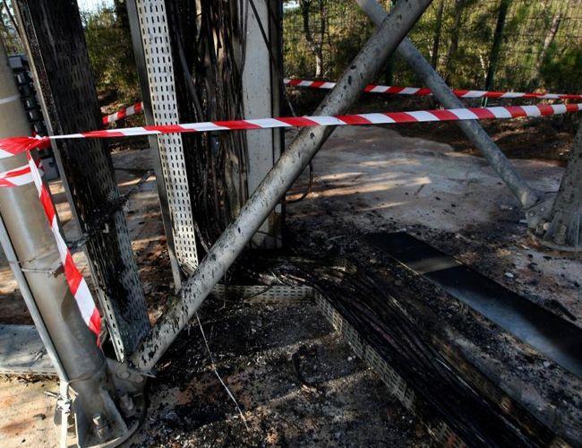 SFR et Bouygues Télécom contraint de réparer deux antennes relais 4G incendiées ce mois-ci.
